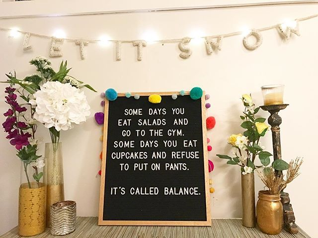 2017 will be allllllll about balance. But mostly cupcakes  Obsessing over my new @letterfolkco board ❤️ #apartmenttherapy