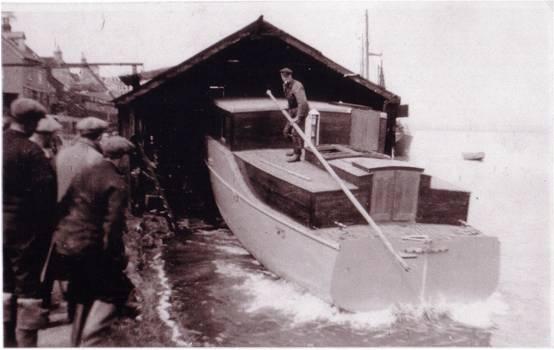 Cooks Barge Yard new boat launch 1960s #Maldon