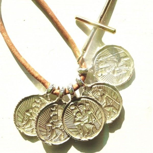 st Christopher jewellery necklace for travellers