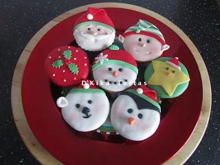 Christmas cupcakes / Cupcakes navideños