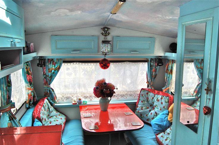 Cool Travel Trailer Interiors | Cool RV Interiors / great color scheme!