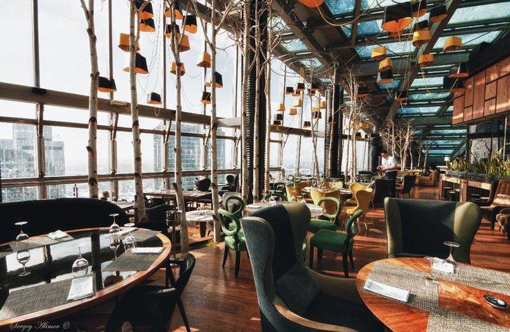 Лучшие места для ужина под звездами: самый высокий ресторан Москвы