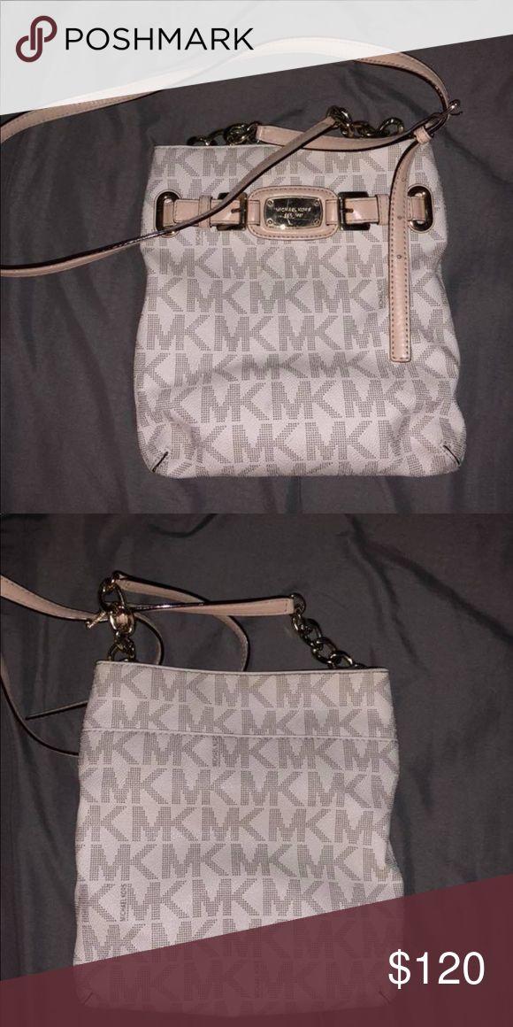 19bf84b2329 Michael Kors crossbody purse White Michael Kors crossbody Michael Kors Bags  Crossbody Bags | My Posh Picks in 2019 | Luxury handbags, Michael kors, ...