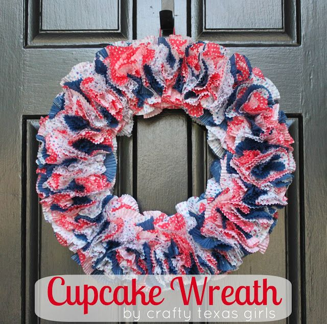 Crafty Texas Girls: Crafty How-To: Cupcake Wreath