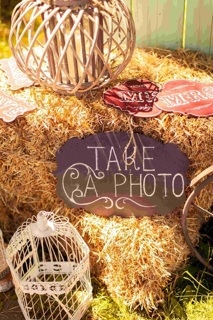 wedding photo, wedding decor, summer wedding, photo, декор летней свадьбы, оформление свадьбы, свадебный декоратор, сено, фонари, таблички, указатели