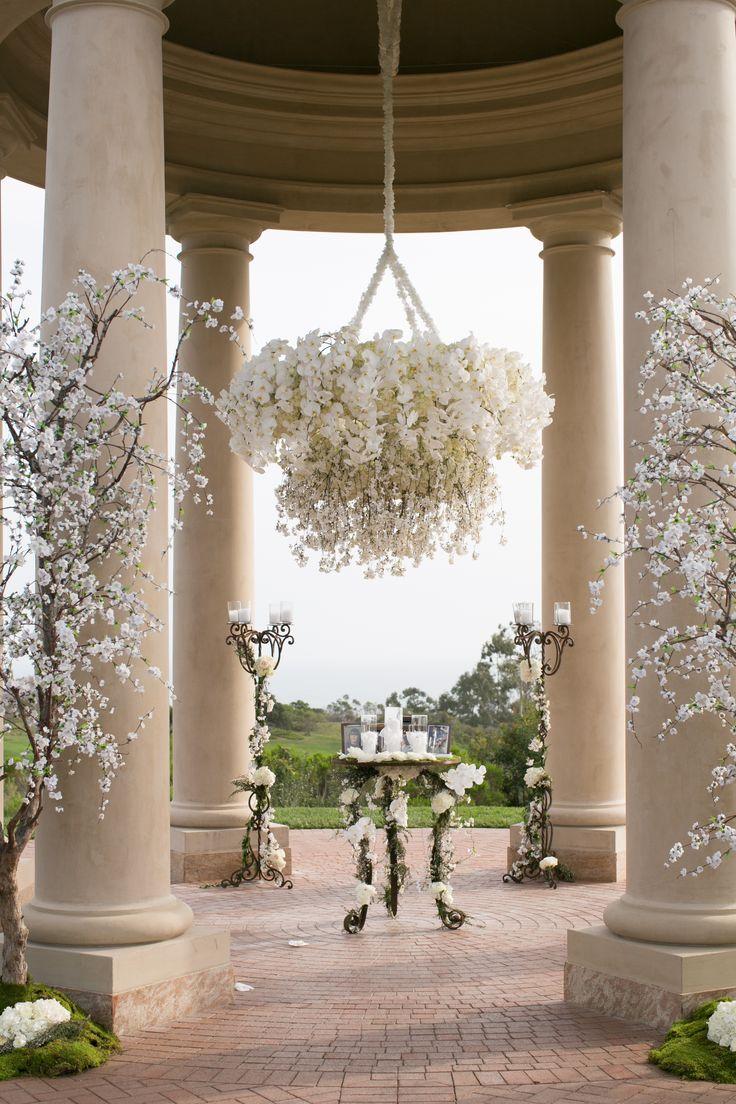 Paula Laskelle http://www.champagnetaste.com/