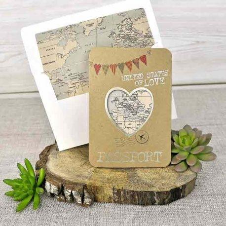 invitacin de boda original sobre corazn con mapa