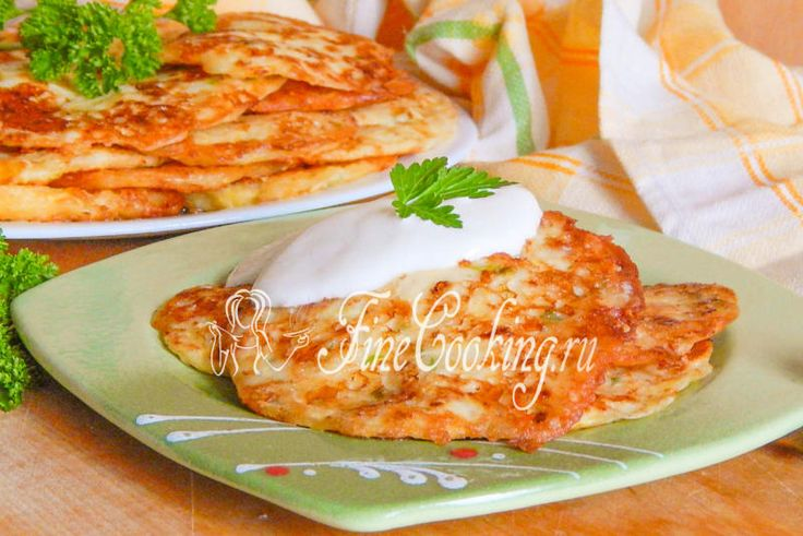 Кабачковые оладьи с сыром - рецепт с фото