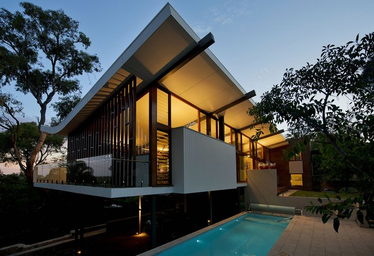 Mayfair Street House | Klopper & Davis Architects #exterior #pool