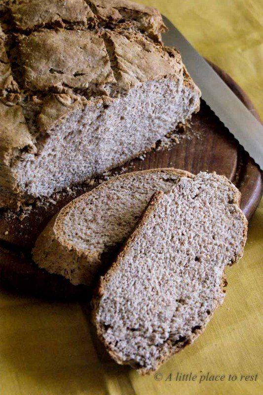 pane con farina di castagne - chestnut bread