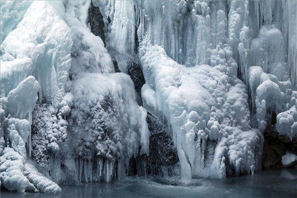 Megfagyott lillafüredi vízesés - elképesztő fotók