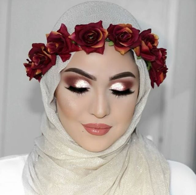 ✨Lovee this look that she created! Check out her profile for the full video!! @lepetitbeirut ✨#muslimwedding #wedding #engagement #formal #formalwear #islam #muslim #hijabstyle #hijabibride #hijabbride #weddingday #weddingdress #bride #bridal #muslimfashion #muslimbride #modest #modestfashion #beauty #nikah #beautyblogger #fashionblogger #desi #desiwedding #weddinginspo #hijabfashion #photo #photography عرس# #عرسان #عروسة