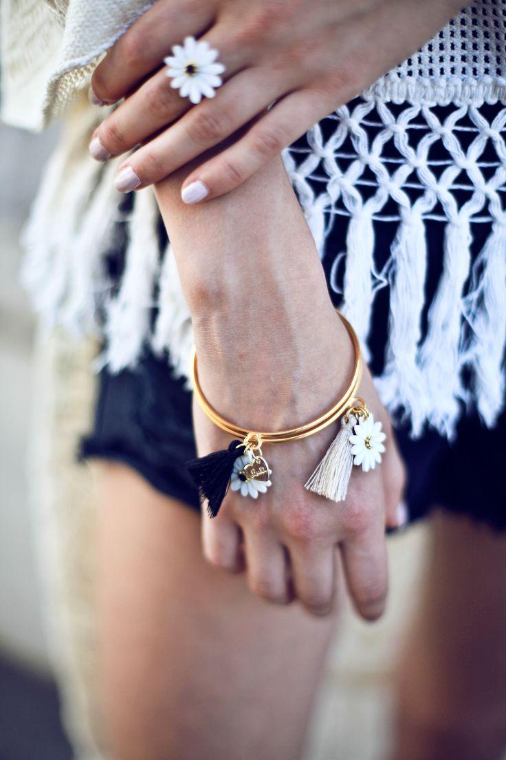 LULI Art Bijoux - Daisy Collection AW15. Photo: Adelaide Mossina MUA: Roberto Gilardoni Stylist: Elena Luli Buttarelli Model: Anika Schneider & Ana Maria Alves #luliartbijoux #jewelry #collection #handmade #gioielli #shooting #newcollection #bohochic #hippie
