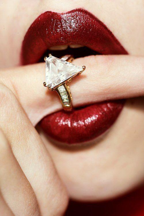 Картинки в губах бриллианты