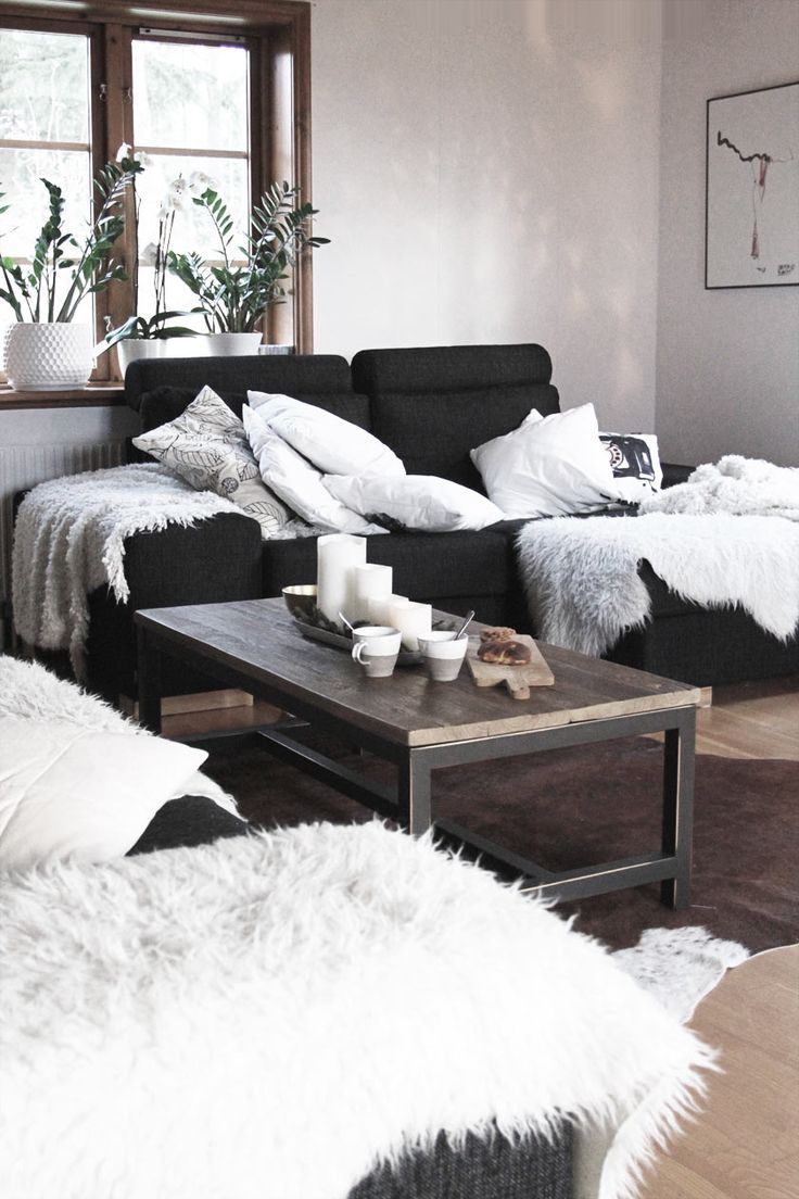 25 best ideas about black couches on pinterest black couch decor black sofa decor and black sofa