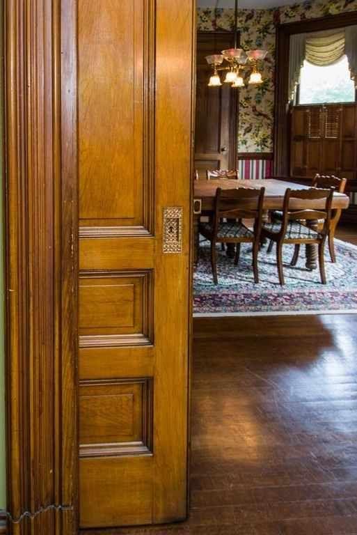 1895 Queen Anne - Paris, KY (National Register) - $399,000 - Old House Dreams