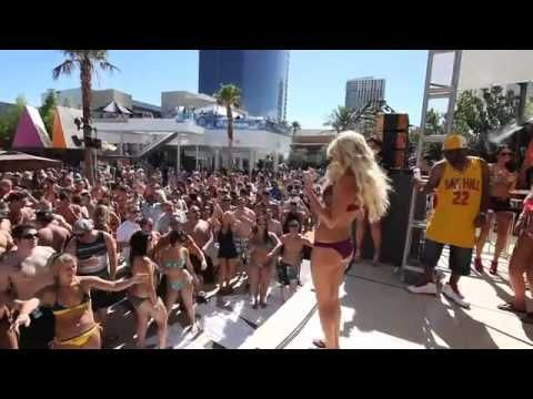 Chanel Performing Live At The Palms - YouTube