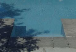 Piscina Rettangolare con Scala Bluespring Design: Piscine Interrate Laghetto