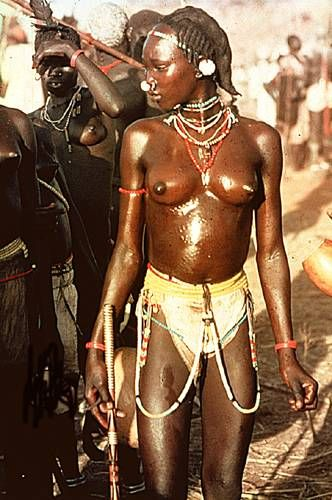 Nuba girl | The Nuba - Masakin - Qisar, Sudan. | Photo by Leni Riefenstahl, 1970's.