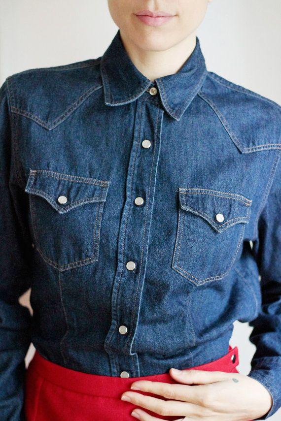 Camicia donna di jeans anni 90 Benetton taglia small, camicia in denim blu notte Camicia sagomata stile rockabilly Abbigliamento donna retro