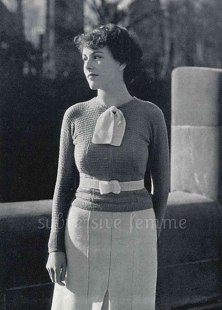 1930s belted sweater