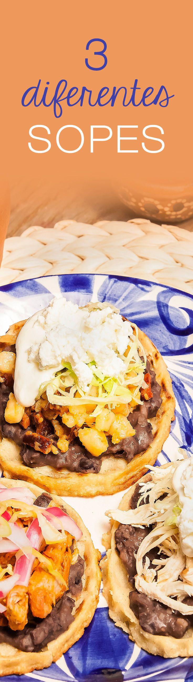 Si te gustan los antojitos mexicanos, esta trilogía de sopes es lo que estás buscando. No necesitas muchos ingredientes más que masa de maíz, frijoles y los rellenos que tengas a la mano, acompáñalos con salsita.