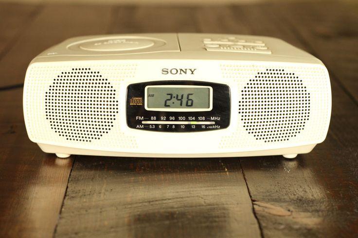 c1998 Off-White Sony ICF-CD820 AM/FM CD Alarm Clock Radio Tested Works Great EUC #Sony