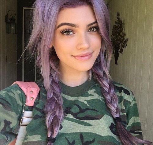 Cabelo Cabelo colorido em tons de verde, azul, rosa, amarelo, e um pouco de laranja e roxo Cabelos coloridos fotos de cabelos coloridos cabelo diferente colorido #cabelo #cortesdecabelo