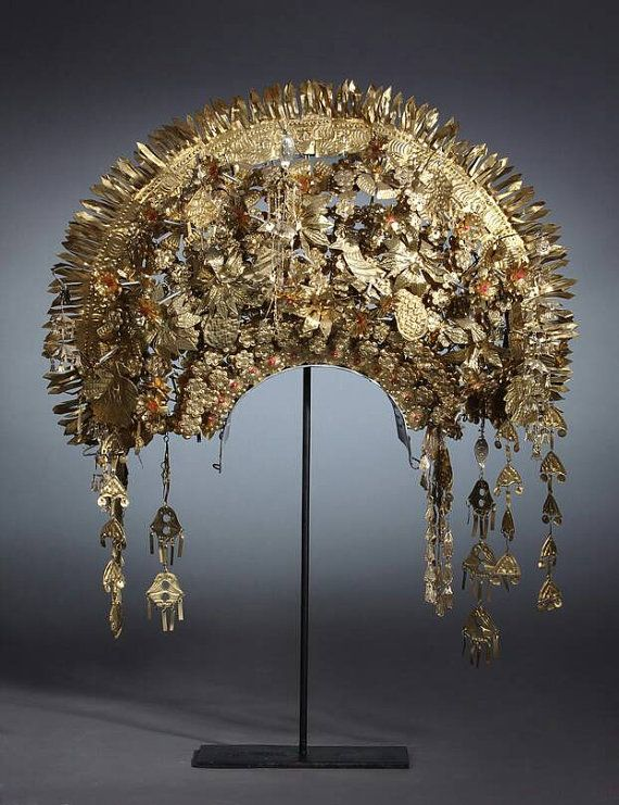 Sunting Padang - Traditional Wedding Headdress from Padang Indonesia - contact tiwi@whitearcbali.com for details