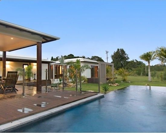 Charming Resort Design with Contemporary Look: Stunning Pavilion House Exterior Modern Swimming Pool Design
