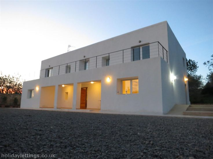 Holiday villa with swimming pool in Ibiza Town - private pool, beach/lake nearby, balcony/terrace, air con, TV