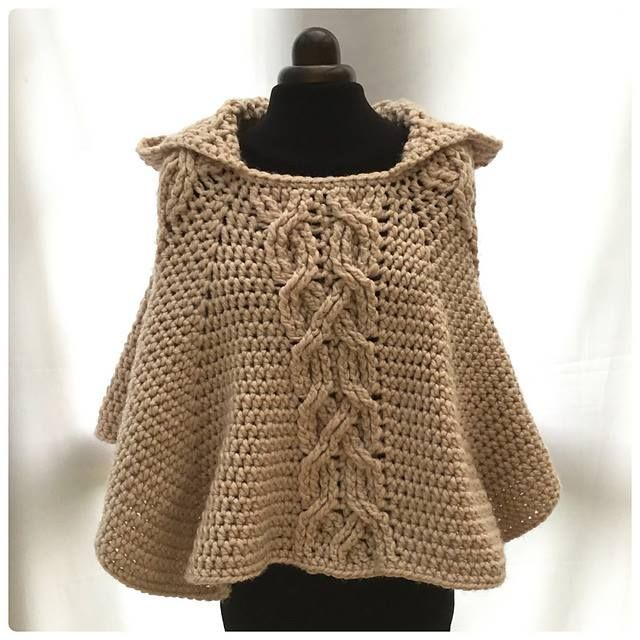 Moussa Lanas-Lindísimo poncho ideal para tejer con MADONNA!! http://www.ravelry.com/…/l…/milena-twist-cable-hooded-poncho