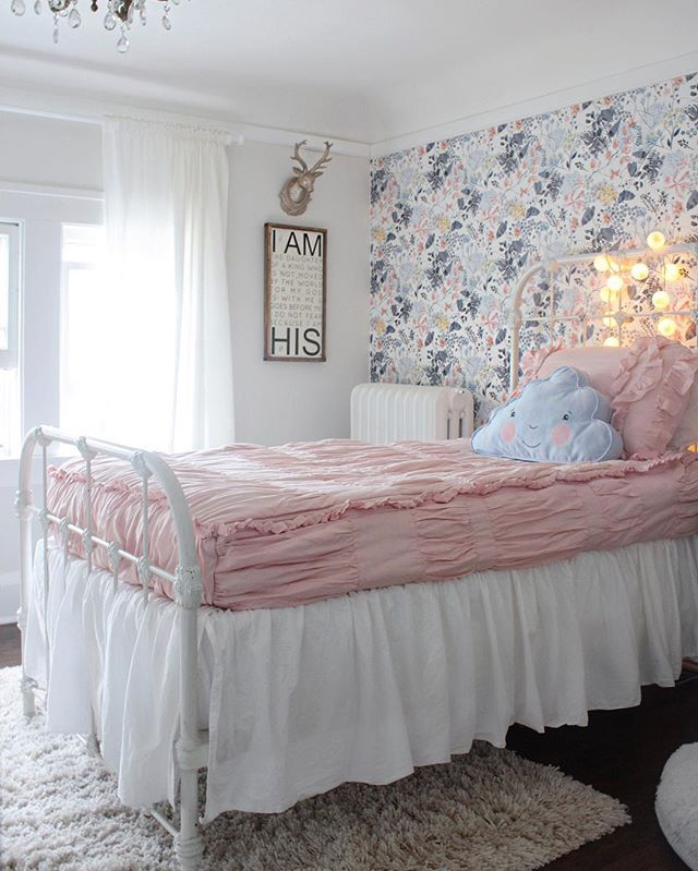 Our oldest daughter is five and her room is one of my favorites   My. 75 best Floral Bedroom Decor images on Pinterest   Floral bedroom