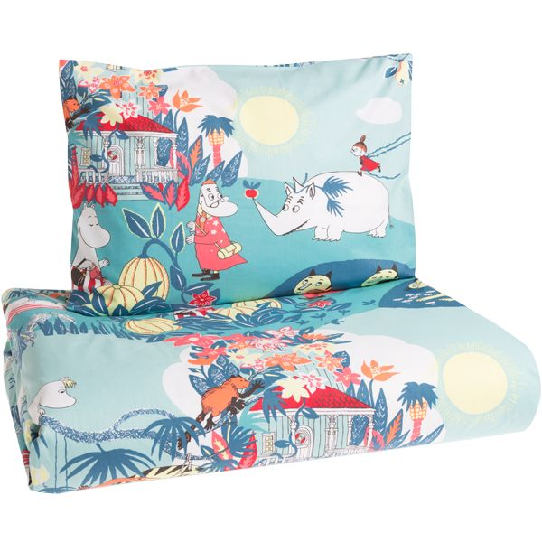 Finlayson's Viidakkomuumi duvet cover set is made of 100% cotton and suits people with allergies. The set includes a pillowcase (55x65 cm) and a duvet cover (150x210 cm).