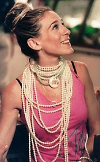 I am goofy for pearls, real or not.  And I love, love, love layered pearls so very much.    SATC was so lucky to have Patricia Fields styling their actors.