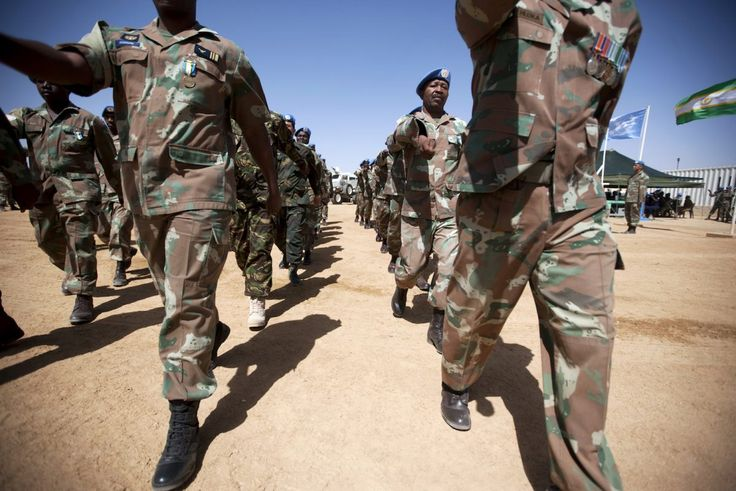 Women in the South African Army //Fighting for Gender Transformation.  Photo: Albert Gonzalez Farran / UNAMID