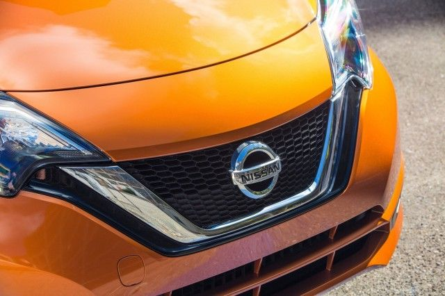 nice Tesla Autopilot statistics, renewable energy growth, 2017 Nissan Versa Note: Today's Car News