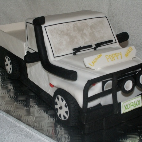 how to make a 4wd cake