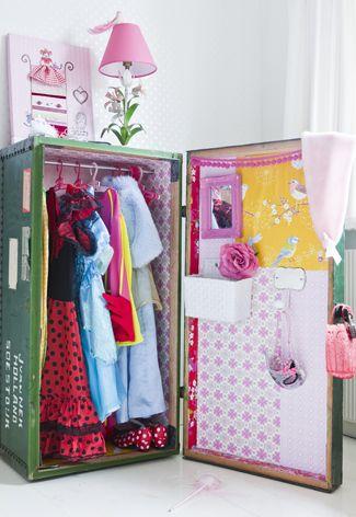 Mag in geen enkele #prinsessenkamer ontbreken: een vintage verkleedkist!