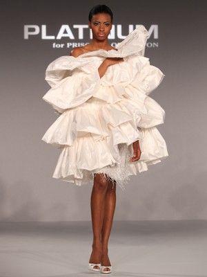 "Platinum for Priscilla of Boston Daring\\""10 Most Daring New Wedding Dresses""\\Photo: Clark+Walker Studio (Clark+Walker Studio)"
