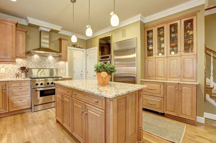1000 ideas about basement kitchenette on pinterest kitchenettes kitchenette ideas and basements - Bank kitchenette ...