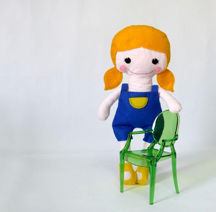 """bambola di pezza """"Ginger lemonn"""" realizzata a mano alta 35cm con vestitini sfilabili personalizzabile. Disponibile sul mio negozio Dawanda.  - Handgefertigte Stoffpuppen """"Ginger lemon""""  mit Kleidchen  die Sie ausziehen können Die Größe von 35cm anpassbar  - in meinem verfügbar DaWanda Shop"""