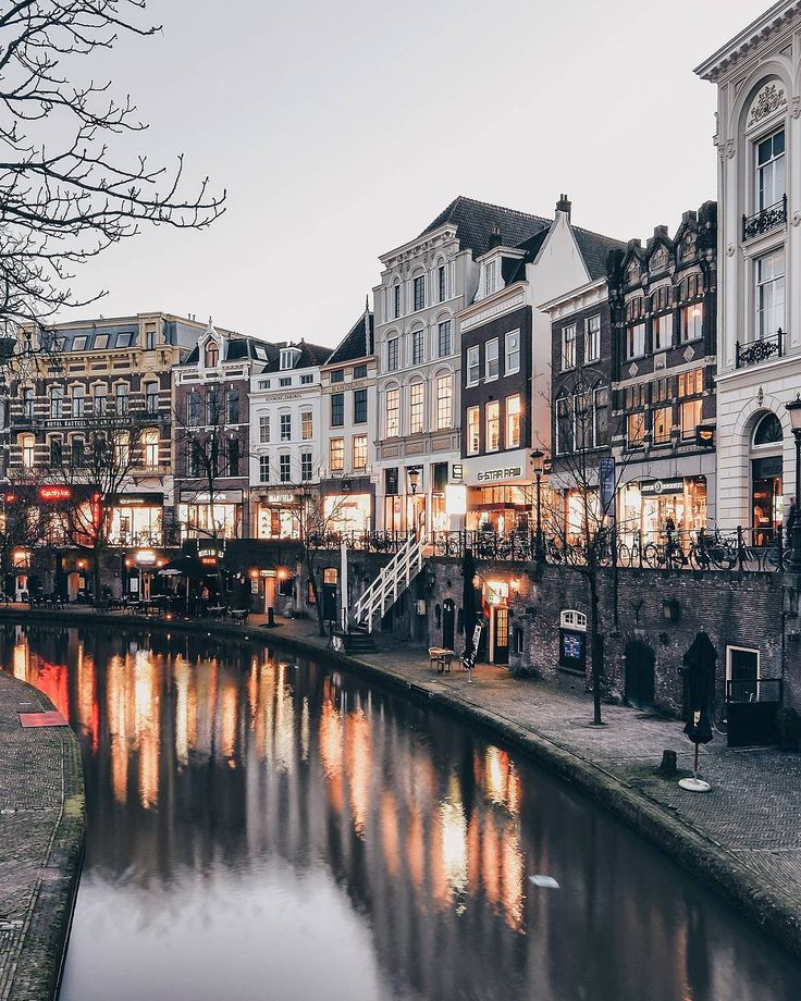 "(@een_wasbeer) on Instagram: ""✨Evening flickers✨ I already see this busy canal in the summer, just imagine nice warm day and you…"""