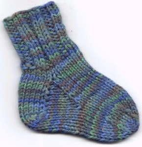chaussettes réalisées avec une grosse laine, 3.5 - 4, facile pour débutante.