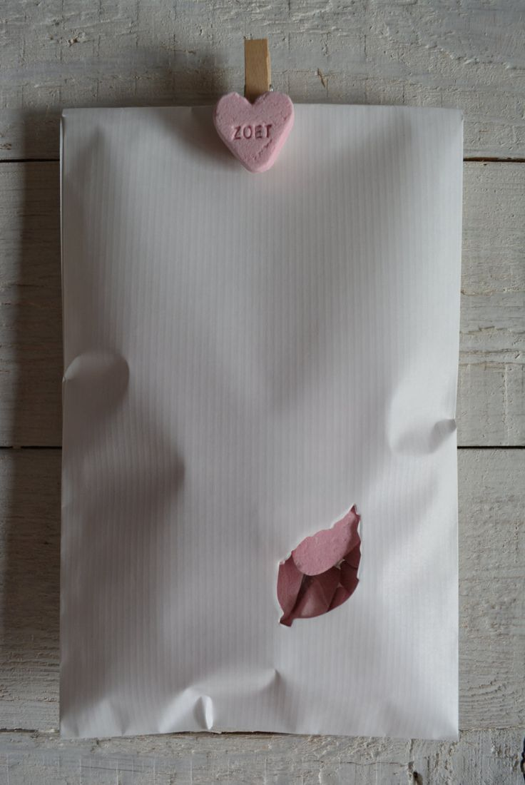 White kraft paper favor bags with a leaf window in a bundle of 100 with cellophane bags --- Give away's, treat bags or wedding favors door SierGoed op Etsy