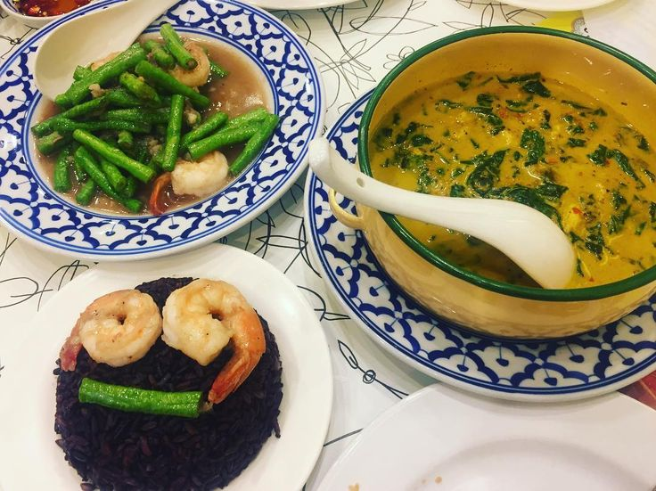 Something special : Rice berry or Cookie Monster  ข้าวไรซ์เบอร์รี่ แกงปูใบชะพลู ถั่วฝักยาวผัดกะปิกุ้ง #foodart #thaicuisine #thaifood #smile http://w3food.com/ipost/1502665169897295494/?code=BTaigK0FI6G