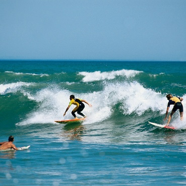 Surfing at Middleton, Goolwa Beach, Fleurieu Peninsula • Adelaide's beaches