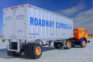 Roadway Winross Or Aurora White 3000 1 64 Truck Line