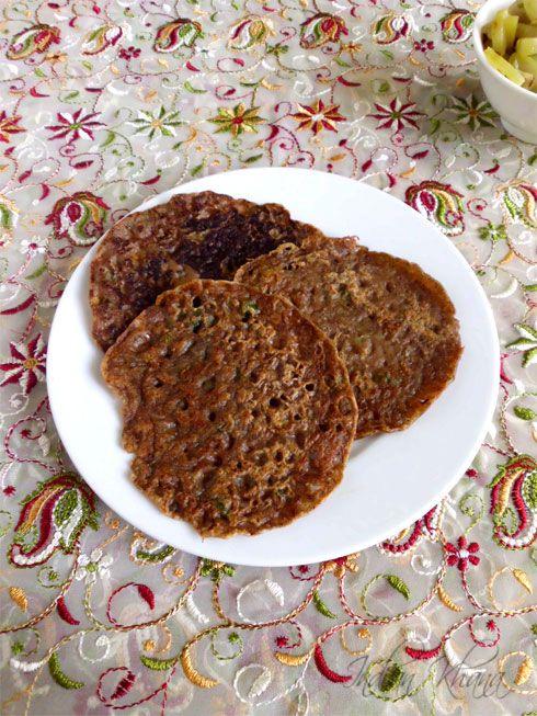 Singhara Atta Cheela  or Water Chestnut Flour Crepes ..healthy, gluten free fasting (vrat/upwas) recipe