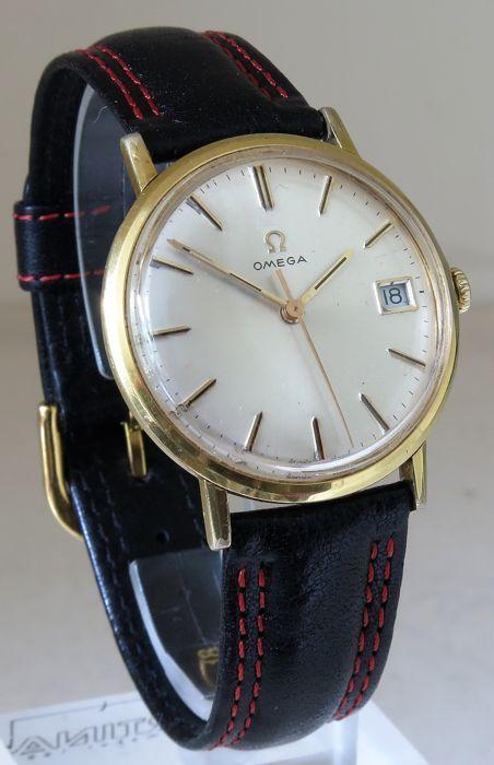 Omega - Men's watch - 1967  Deze Omega heren horloge is gemaakt in 1967 (u kunt de lijst met serienummers vinden op het internet) en is in goede vorm zoals u in de foto's zien kunt.Het geval van het horloge is verguld met sommige slijtage van de ouderdom; de diameter is 34mm zonder de kroon.De kroon is origineel met het Omega logo.De dikte is 10mm.Nieuwe 18mm zwart lederen band met rood stiksel; de lengte van het horloge  band is 23cm.Verkeer: mechanische hand wond kaliber Omega 611…